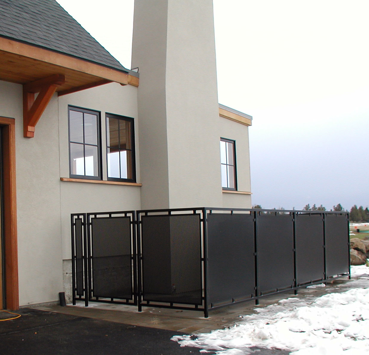 E1 Privacy Fencing