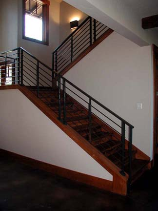 I16 Custom Horizontal Style Stair Railing