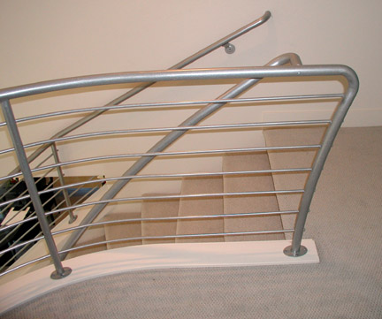 I20 Horizontal Style Railing with Curved Pipe