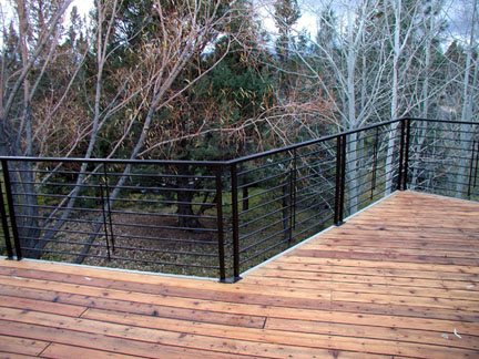 E19 Horizontal Design Deck Railings
