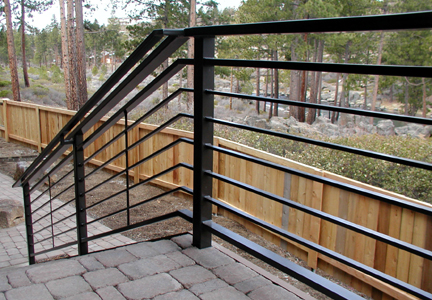 E15 Deck Railing with Horizontal Design